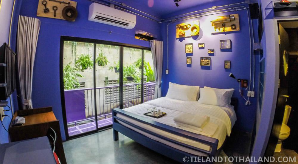 The House of Phraya Jasaen | Cars Room