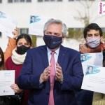 """El Presidente Fernández llamó a """"defender la universidad pública"""" frente a los que creen que no es necesaria"""