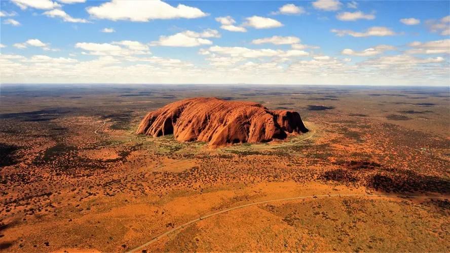 Uluru, Centro Rojo de Australia