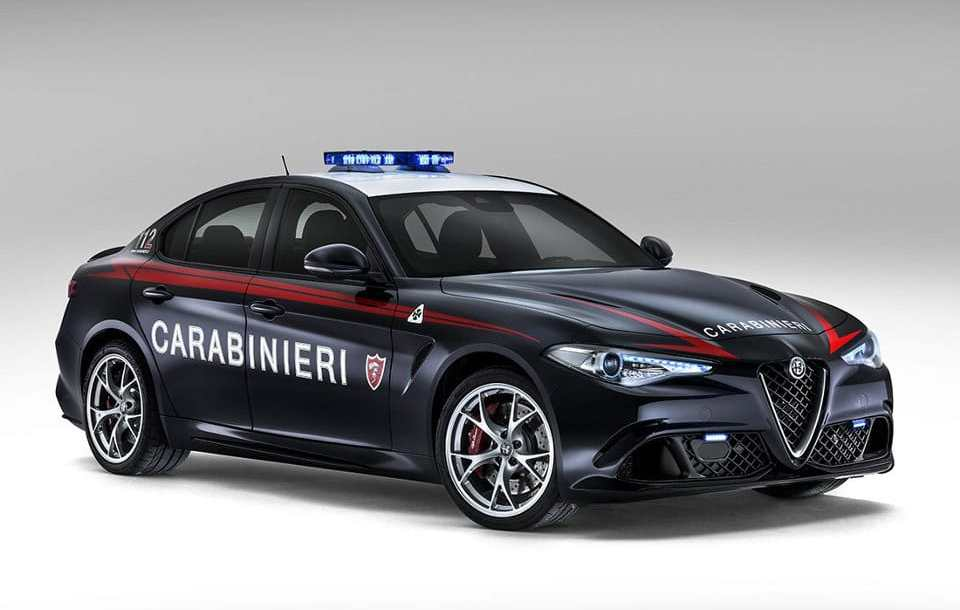 alfa_romeo_giulia_carabinieri_1.jpg