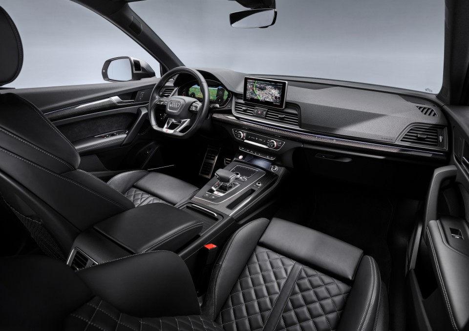 Audi SQ5 TDI - Interior