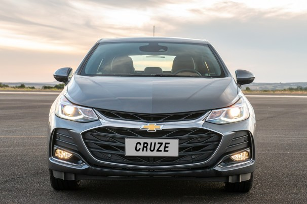 Chevrolet Cruze Premier con Wifi Hatch -frente
