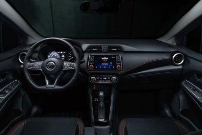 Nissan_Versa_2020_4 (1)