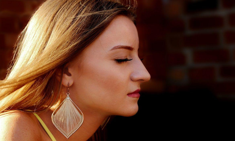 Poros dilatados: causas y tratamiento
