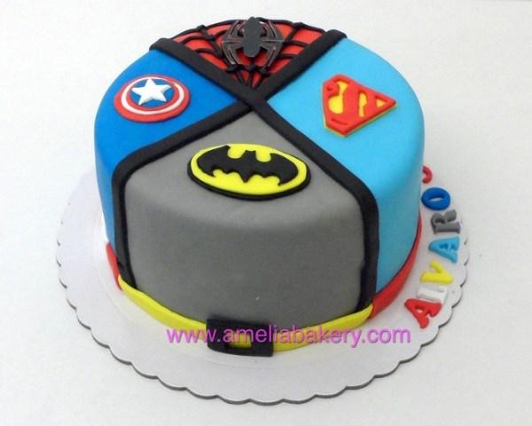 Tarta Fondant Superheroes, Superman, spiderman, batman, Capitan America