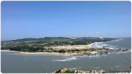 Góc nhìn về phía đất liền từ hải đăng Kê Gà: đẹp!