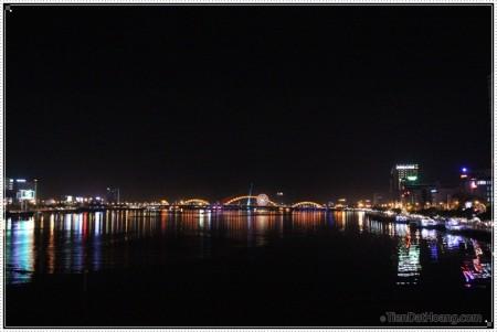 Thành phố ánh sáng Đà Nẵng.