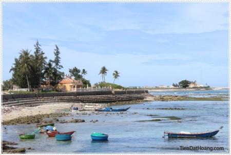 Góc biển ở gần đình làng An Hải.