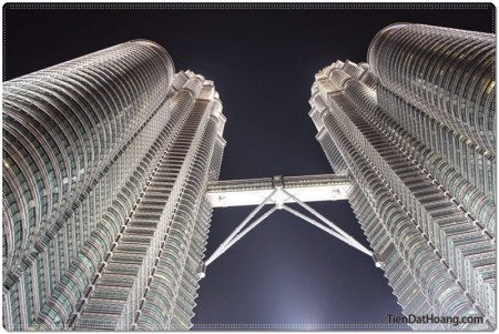 Tòa tháp đôi Petronas nổi tiếng.