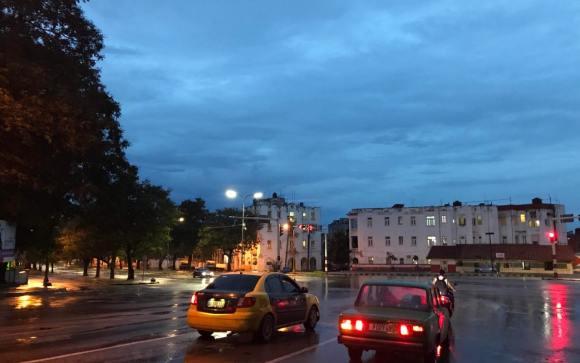 Một góc Havana khi nhập nhoạng tối.