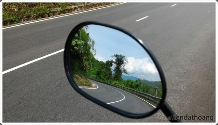 Đèo Bảo Lộc qua gương xe và điện thoại :D