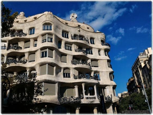 Tòa nhà Casa Mila - một trong những toà nhà nổi tiếng ở thành phố.