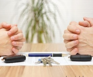 Khi nào vợ có quyền thay chồng ký tên vào giấy bán đất?