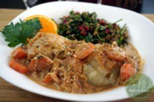 Kartoffelklöße mit Zwiebelsoß'