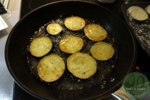auberginen-in-der-pfanne