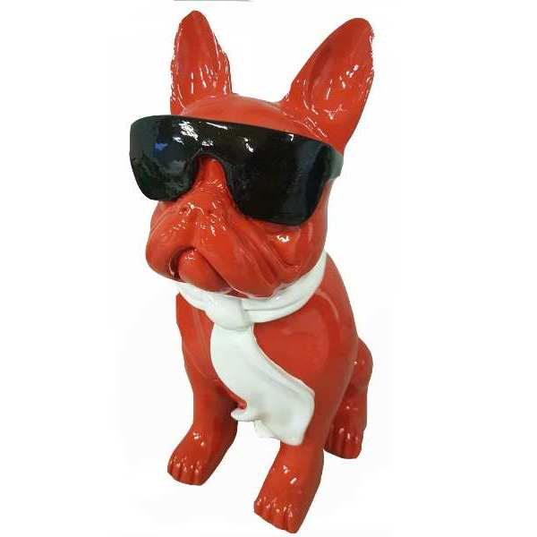 coole franzoesiche bulldogge in rot