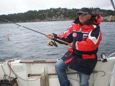 Traumhaftes Meeresangeln in Norwegen, wo man viele Fischarten fangen kann.