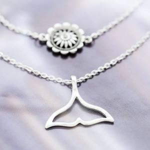 collar doble flor y cola de sirena