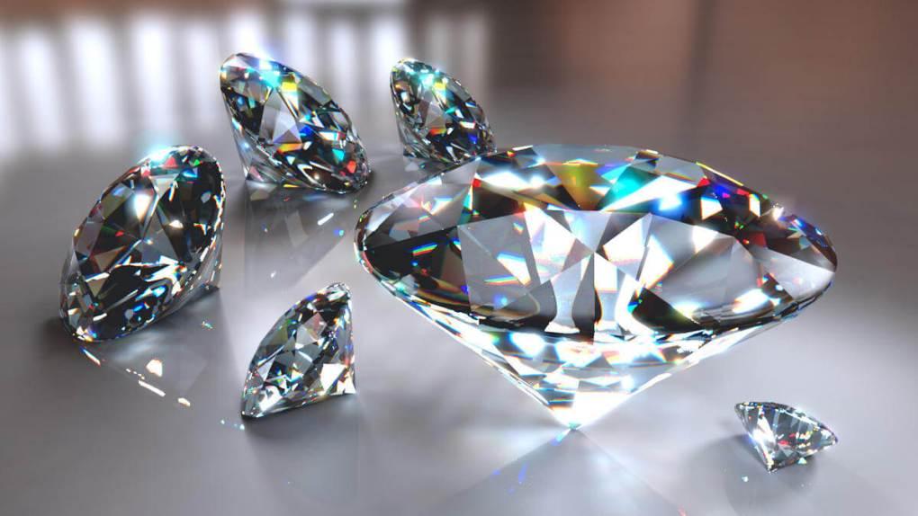 Diamantes incoloros sinteticos