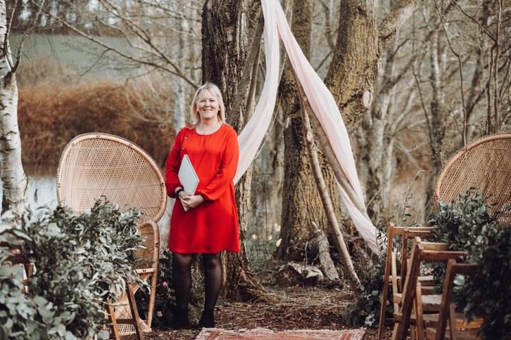 https://tietheknotwedding.co.uk/listings/wanda-barnard-celebrant