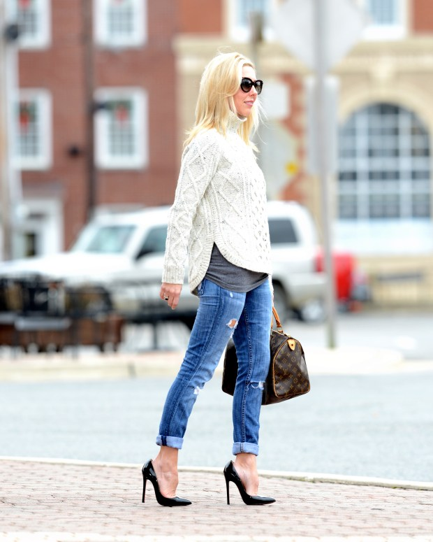 Casual Chic - Madewell Sweater