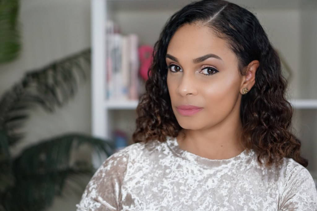Your Simple Go-To Makeup Look For Valentine's Day