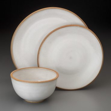dinnerware with raw rim