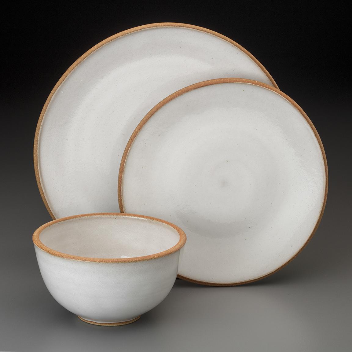 dinnerware with raw rim