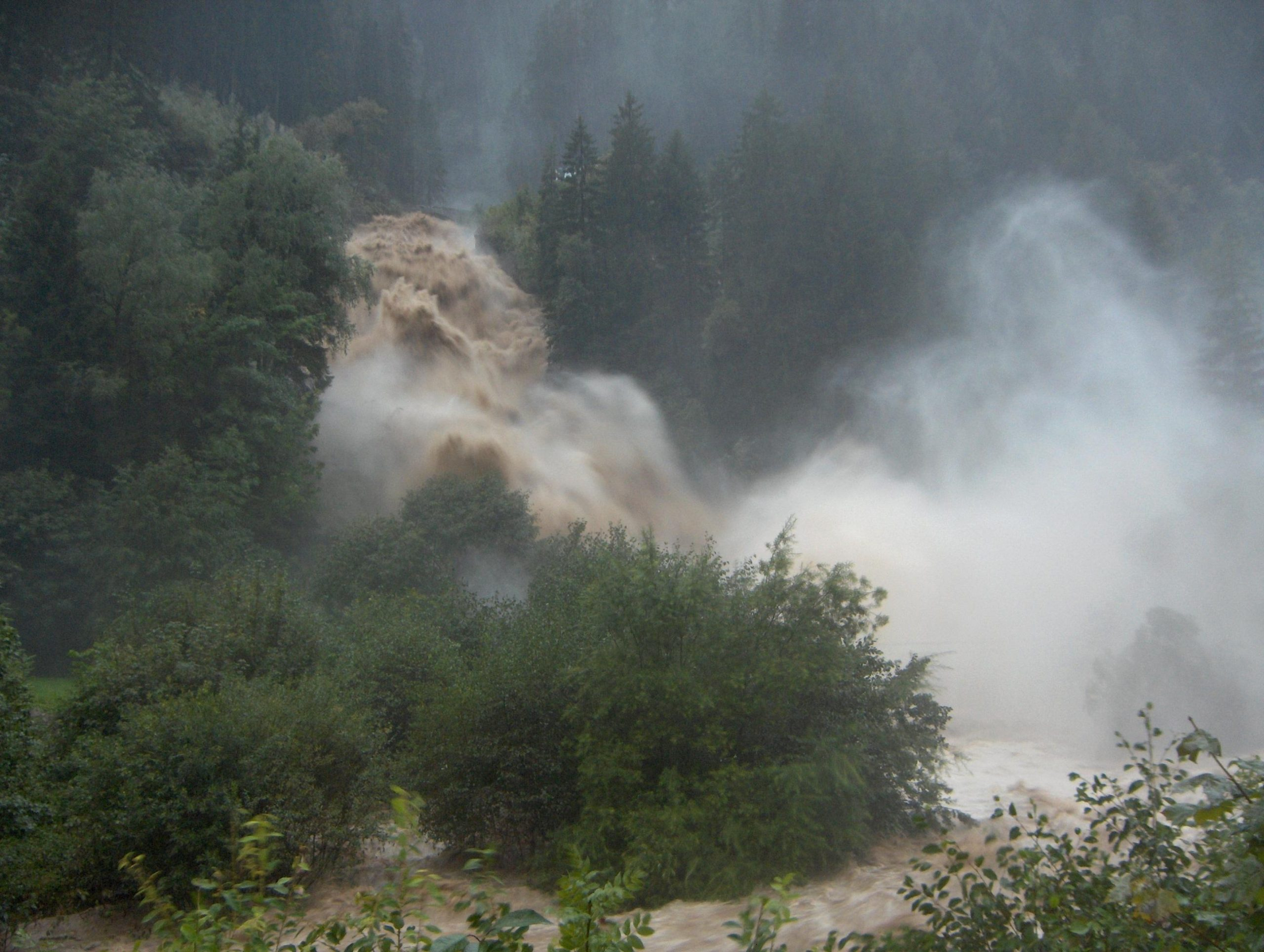 Saxetenbach Gorge Flooding - Swiss Canyoning Accident