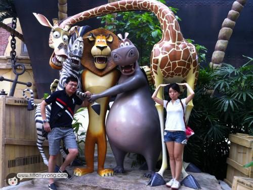 madagascar universal studios singapore