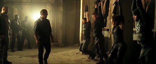 the-expendables-3-mel-gibson-holds-the-young-members-hostages
