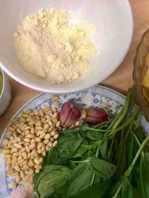 Ingredients for recipe in individual dishes
