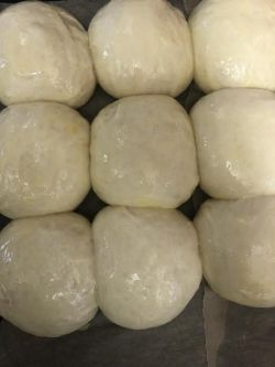 Milk buns with egg wash