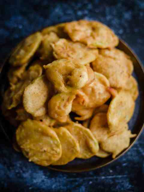 Pile of Aloo Pakoras on a plate