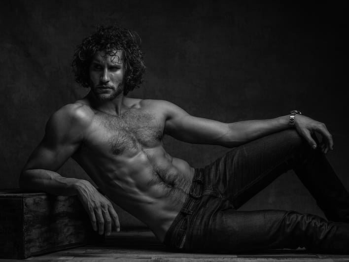 Photographing Men: Posing, Lighting, and Shooting Techniques for Portrait and Fashion Photography, by Jeff Rojas