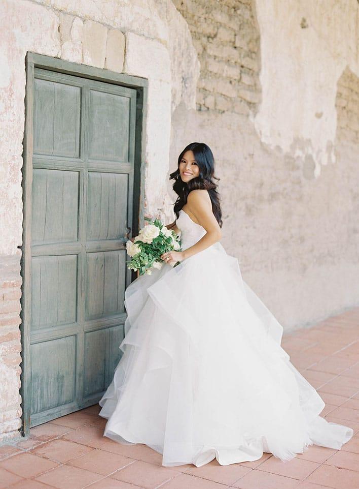 Jen Huang: Fine Art Wedding Photography, Bride With Bouquet