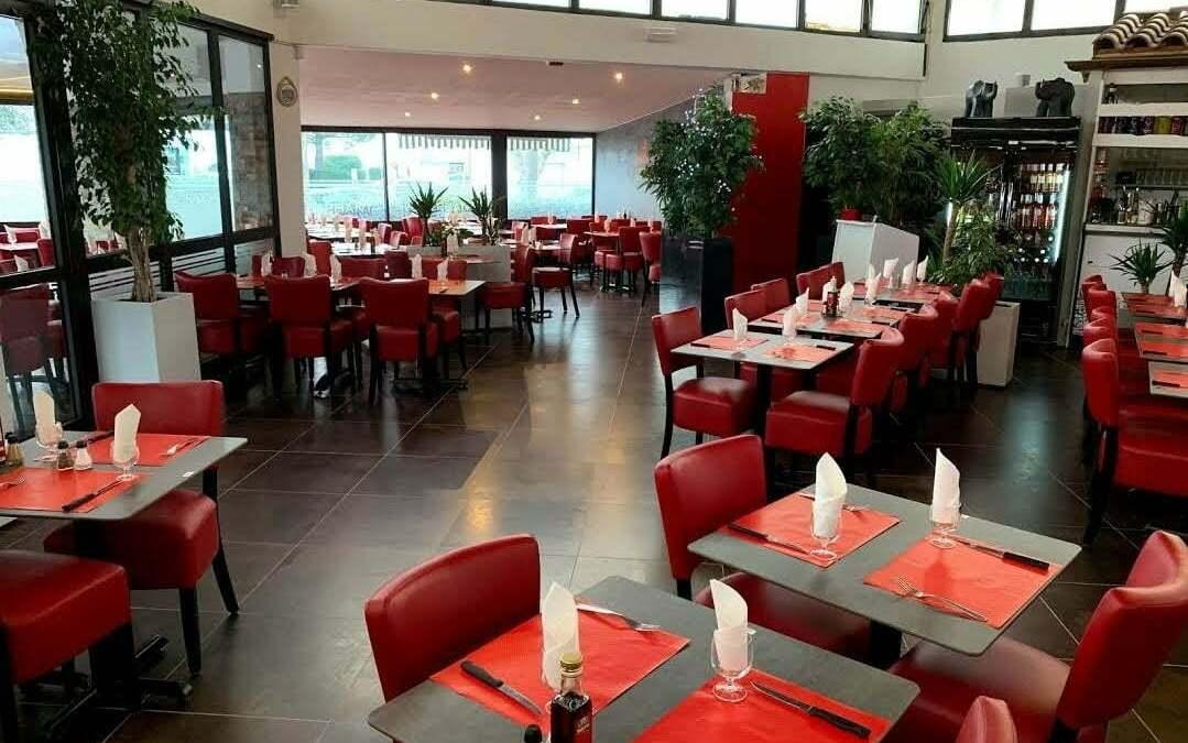 Réalisation du restaurant L'éléphant a Nîmes 30