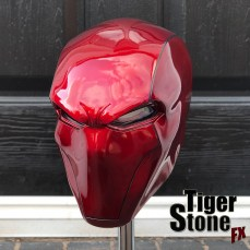 Red Hood helmet by Tiger Stone FX (front:side view)