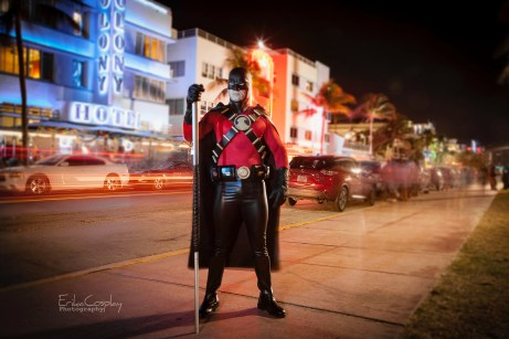 Tiger Stone FX Red Robin cowl worn by Havok Cosplay -- photo taken by @erikacosplay