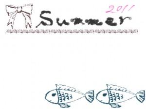 夏のフレーム素材:ガーリーな魚のイラストとリボンと2011summerの手書き文字の無料素材(640×480pix)