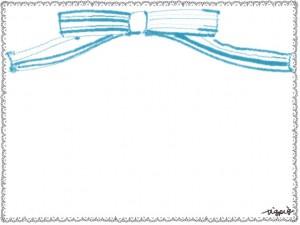 フリー素材:フレーム;ガーリーなモノクロのレースの縁飾りのフレームとパステルブルーのりぼんのイラストの飾り枠
