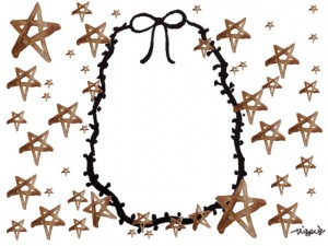 フリー素材:フレーム;大人可愛いブラウンブラックのリボンの楕円の囲み枠と水彩の星いっぱいの飾り枠;640×480pix