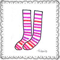 かわいいピンクのストライプの靴下とモノトーンのレースのフリー素材