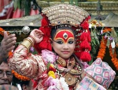 2007_07_03t031529_450x341_us_nepal_child_goddess.jpg