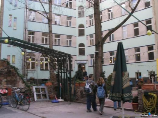 Berlin hostel called Pegasus
