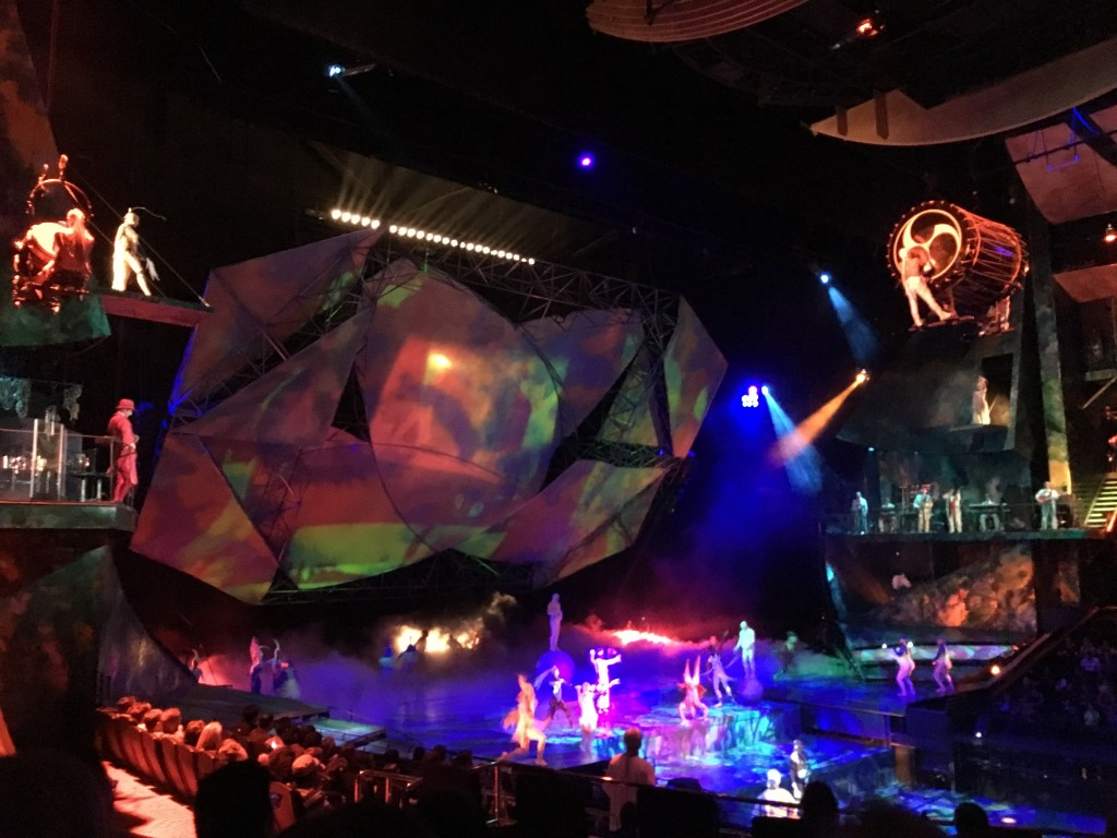 USA West Coast Road Trip - Cirque du Soleil Mystere in Las Vegas