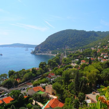 A Day Trip to Eze and Monaco from Nice by bus