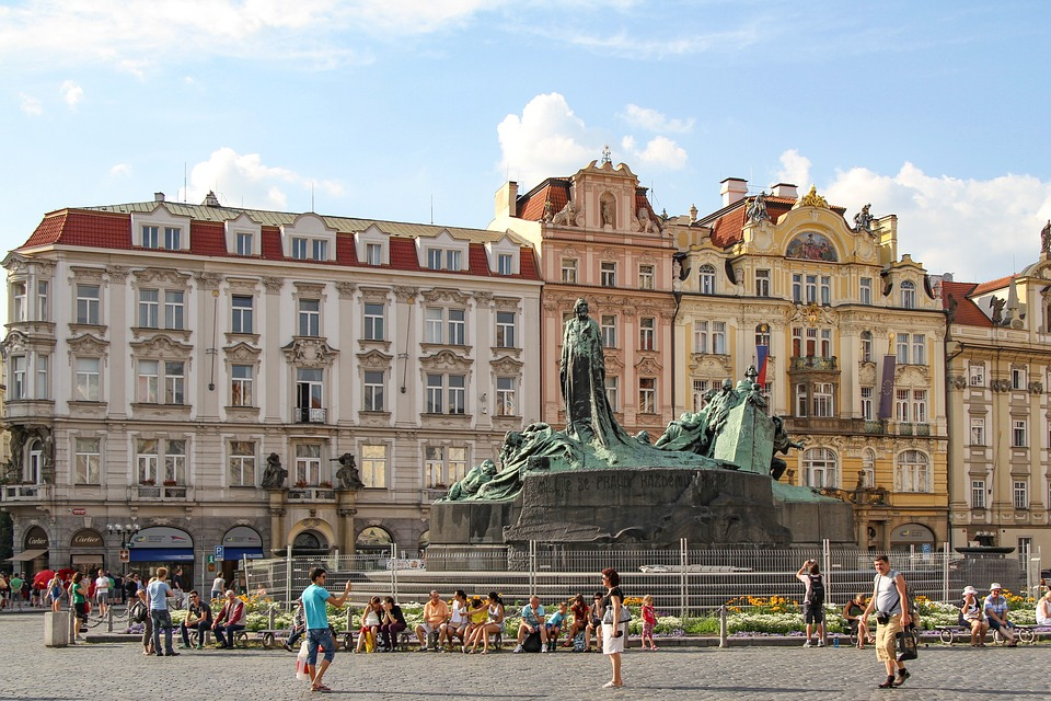 Tourist Traps in Europe - Prague