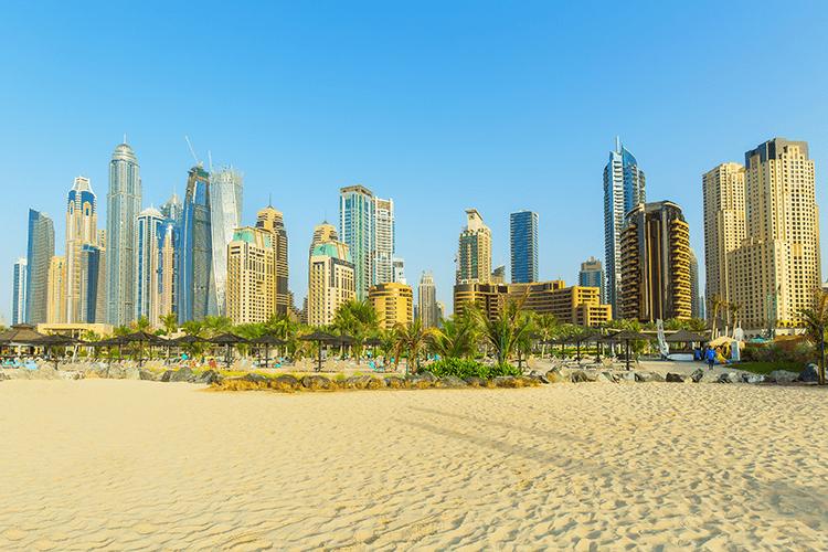 reasons to visit UAE
