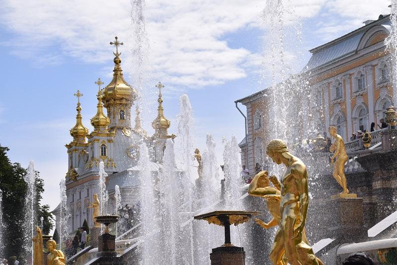 Peterhof day trip from Saint Petersburg